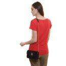 dos-t-shirt-girlboss-rouge