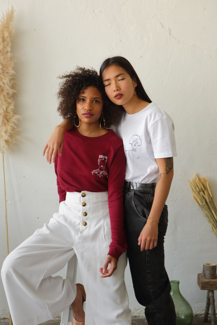 photo de mannequins portant tshirts et sweatshirt